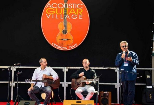 Prestigious masterclasses and many live events: the novelties of the next Acoustic Guitar Village
